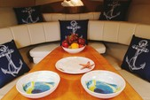33 ft. Formula by Thunderbird F-330 Sun Sport Cruiser Boat Rental Miami Image 10