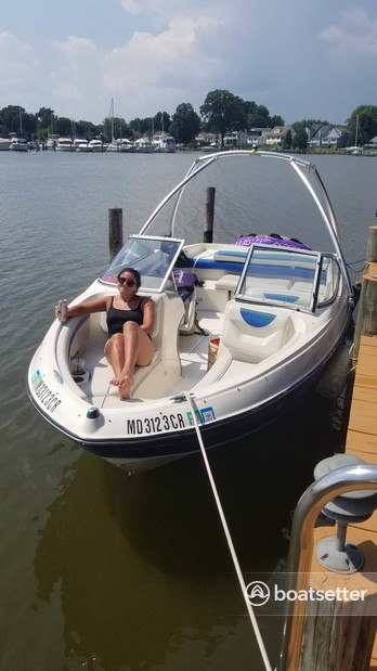 Rent a Bayliner bow rider in Baltimore, MD near me