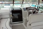 29 ft. Crownline Boats 290 CR Cruiser Boat Rental Chicago Image 4