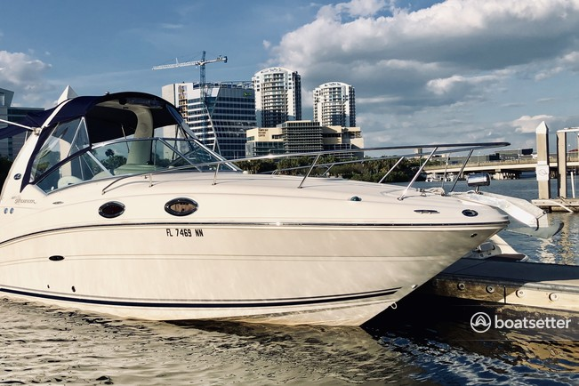 Rent a 2007 28 ft  Sea Ray Boats 260 Sundancer in St  Petersburg, FL on  Boatsetter