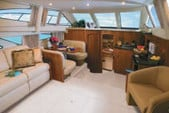 43 ft. Carver Yachts 41 Cockpit Motor Yacht Cruiser Boat Rental Chicago Image 9