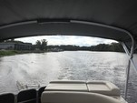 20 ft. Misty Harbor 2080CR Explorer Pontoon Boat Rental Orlando-Lakeland Image 4