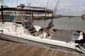 33 ft. Century Boats 3200 WA w/2-Z250 Yamaha Center Console Boat Rental N Texas Gulf Coast Image 1