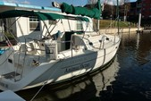 31 ft. Beneteau USA Oceanis 321 Sloop Boat Rental N Texas Gulf Coast Image 1
