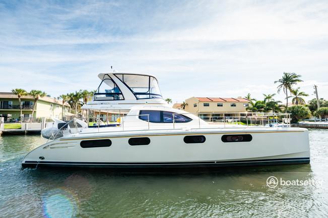 Rent a Leopard motor yacht in Highland Beach, FL near me