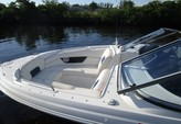 29 ft. Regal 2700 FasTrac Bow Rider Boat Rental Fort Myers Image 7