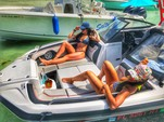 21 ft. Yamaha 212X  Bow Rider Boat Rental Miami Image 4