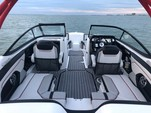 21 ft. Yamaha 212X  Bow Rider Boat Rental Miami Image 9