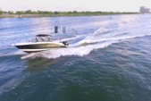 29 ft. Sea Ray Boats 290 Sundeck Bow Rider Boat Rental Miami Image 2