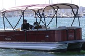 25 ft. Manitou Pontoon aurora 23 Pontoon Boat Rental Los Angeles Image 1