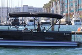 27 ft. Manitou Pontoon 26 Encore Pontoon Boat Rental Los Angeles Image 2
