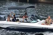 19 ft. Rinker Boats QX18 OB Bow Rider Boat Rental Miami Image 3