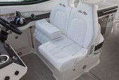 32 ft. Sea Ray Boats 32' Sundancer Cruiser Boat Rental New York Image 10