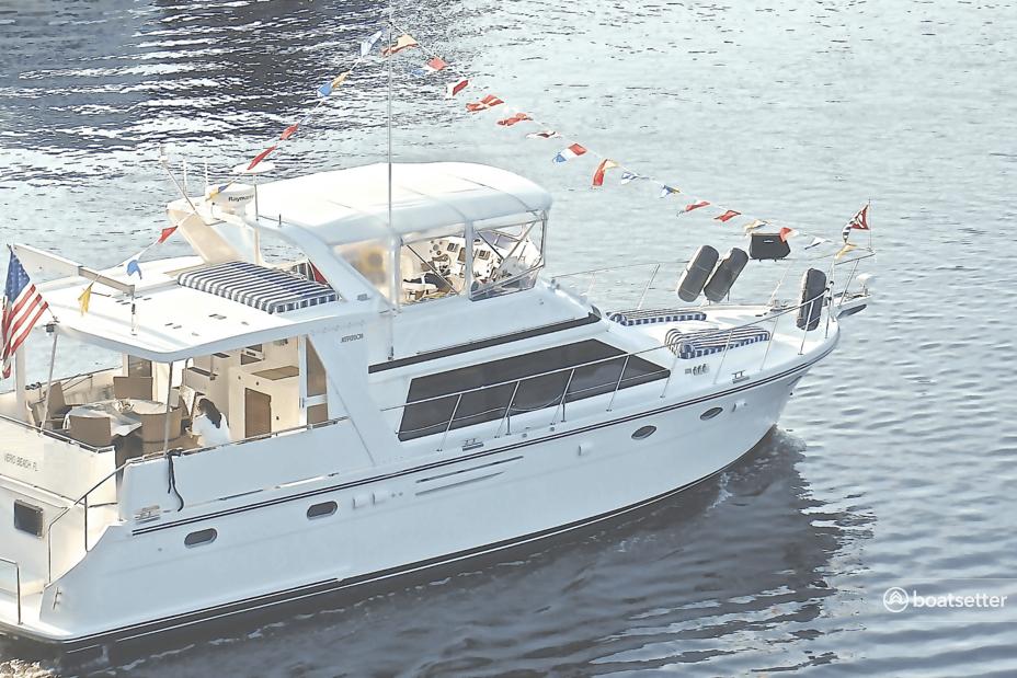Rent a Jefferson Yachts motor yacht in East Hampton, NY near me