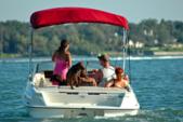 19 ft. Bayliner 197SD IO Bow Rider Boat Rental Sarasota Image 1