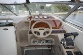 29 ft. Bayliner 3055 Sunbridge LX Motor Yacht Boat Rental Chicago Image 6