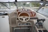 29 ft. Bayliner 3055 Sunbridge LX Motor Yacht Boat Rental Chicago Image 5