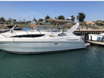 29 ft. Bayliner 3055 Sunbridge LX Motor Yacht Boat Rental Chicago Image 4