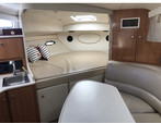 29 ft. Bayliner 3055 Sunbridge LX Motor Yacht Boat Rental Chicago Image 9