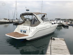 29 ft. Bayliner 3055 Sunbridge LX Motor Yacht Boat Rental Chicago Image 2