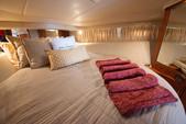 55 ft. Sea Ray Boats 540 Sundancer Motor Yacht Boat Rental Miami Image 15
