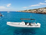 33 ft. Sacs S-33 X-File Boat Rental Eivissa Image 6
