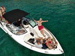 27 ft. Doral 265 Elite Bow Rider Bow Rider Boat Rental Pula Image 4