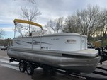 20 ft. Crest Pontoons 20 Crest II LE Pontoon Boat Rental Minneapolis Image 1