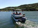 26 ft. Bennington Marine 2574GLi Pontoon Boat Rental Austin Image 8