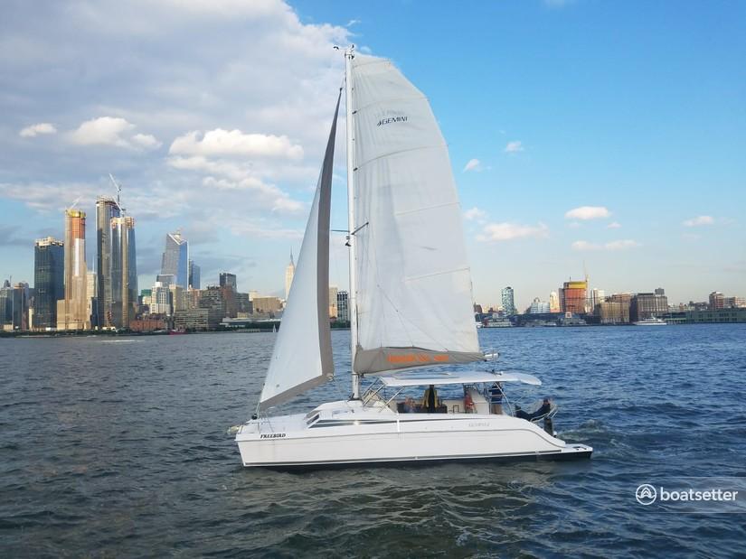 Rent a Gemini catamaran in Jersey City, NJ near me