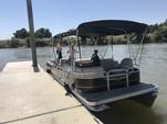 22 ft. Qwest Pontoons angler quest 822 Pontoon Boat Rental Sacramento Image 10