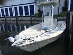 22 ft. Pathfinder Boats 2200 Tournament Ed. w/F250 Yamaha Performance Fishing Boat Rental Miami Image 1