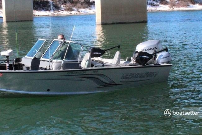 Rent a Alumacraft Boats fish and ski in Elk, WA near me