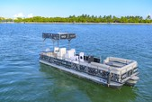30 ft. Pontoon Pontoon Boat Rental Miami Image 2