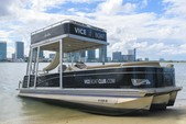 27 ft. Avalon Pontoons 25' Paradise Elite Pontoon Boat Rental Miami Image 7