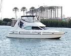 42 ft. Maxum 4100 SCB Flybridge Boat Rental Miami Image 2