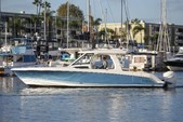 35 ft. Boston Whaler 350 Realm Bow Rider Boat Rental Los Angeles Image 3