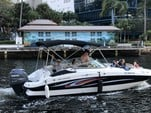 23 ft. Hurricane Boats SD 2200 Bow Rider Boat Rental Miami Image 6