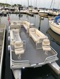 28 ft. Harris FloteBote 280 Heritage Pontoon Boat Rental Chicago Image 2