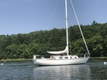 34 ft. Tartan Yachts 34 Cruiser Racer Boat Rental Boston Image 7