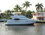 46 ft. Silverton Marine 410 Sport Bridge Cruiser Boat Rental Miami Image 4