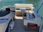 20 ft. Fisher 200  Pontoon Boat Rental San Francisco Image 4