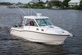 31 ft. Boston Whaler 315 Conquest w/2-300CXL DTS Verado Bass Boat Boat Rental New York Image 7