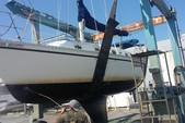 30 ft. Hunter 30 Sloop Boat Rental Washington DC Image 1