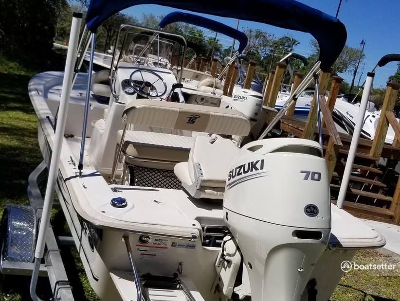 Rent a Carolina Skiff skiff in Apopka, FL near me