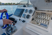 33 ft. Avance VS Walkaround Boat Rental Miami Image 19