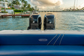 33 ft. Avance VS Walkaround Boat Rental Miami Image 22