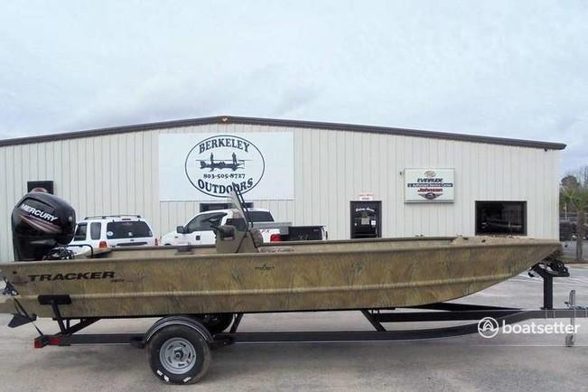 Rent a 2018 21 ft  Tracker by Tracker Marine Grizzly 2072 MVX w/150XL 4-S  /Trlr in Chalmette, LA on Boatsetter
