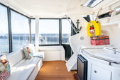 40 ft. Silverton Marine 40 Aft Cabin Motor Yacht Boat Rental San Francisco Image 28