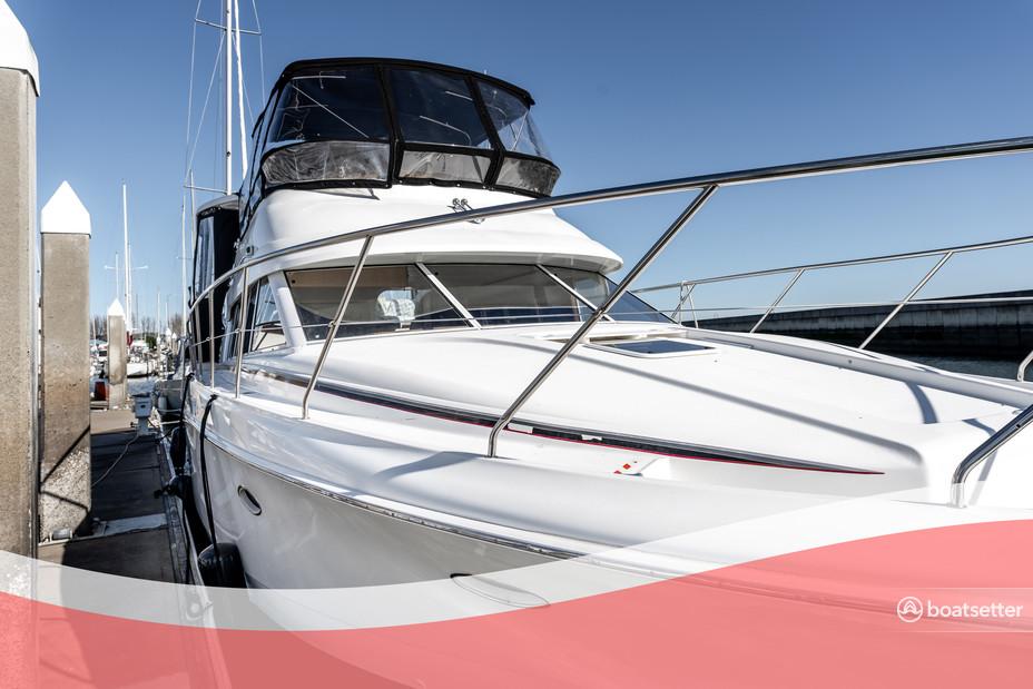 Rent a Silverton Marine motor yacht in South San Francisco, CA near me